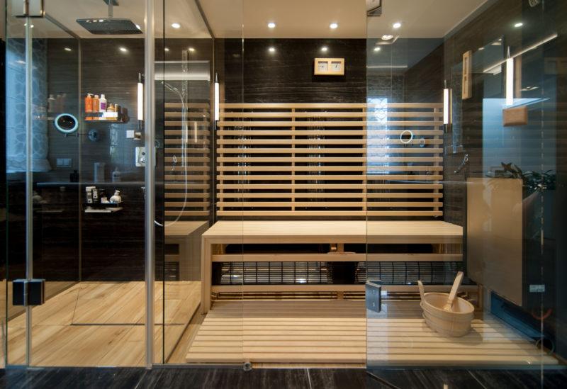 łazienka z sauną